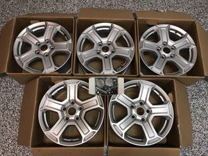 Jeep Wrangler wheels/tires. Perfect condition. Includes all parts. for Sale in Fulshear, TX