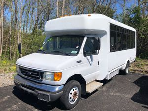 2004 Ford E450 Shuttle Bus for Sale in Hanover, MA