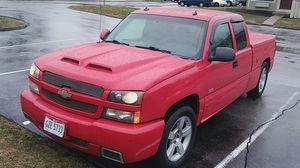 Chevrolet Silverado 03 SS for Sale in Columbus, OH