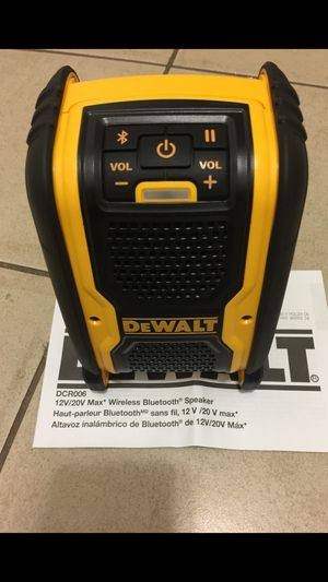 Dewalt Bluetooth speaker 20v. $55 Firm Price. Tool Only. 😒No battery no charger . Pick up in the city of Van Nuys for Sale in Los Angeles, CA