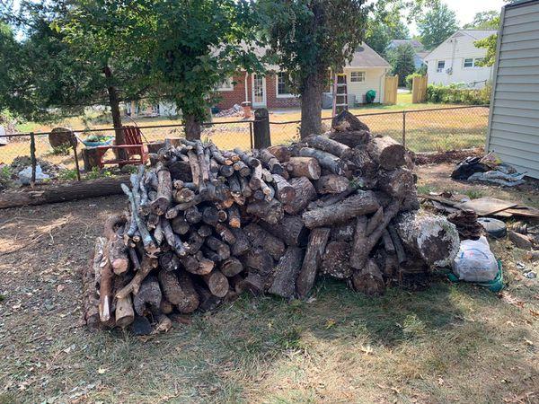 Free oak wood