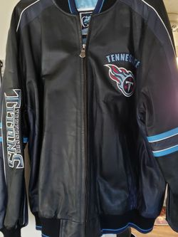 Mens Large NFL Tennessee Titans Leather Jacket By Carl Banks. Gently Used, Good Condition. for Sale in Murfreesboro,  TN