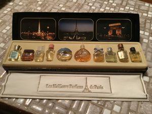 LES MEILLEURS PARFUMS DE PARIS for Sale in Portland, OR