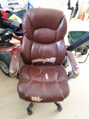Office chairs Free to Upholstery Experts for Sale in Leavenworth, WA