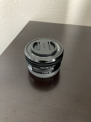 Sony 16-50mm kit lens (Apsc e-mount) for Sale in Riverview, FL