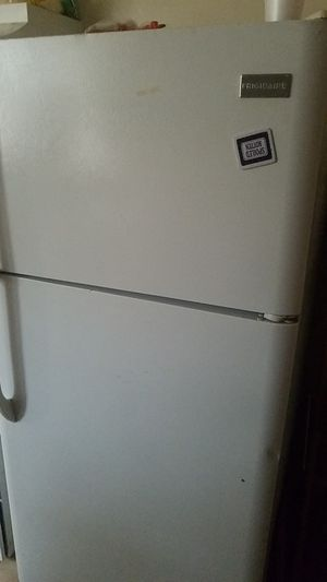 stove and refrigerator for Sale in Knoxville, TN
