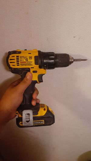 Dewalt drill & two 20v lithium battery (no charger) for Sale in Kissimmee, FL