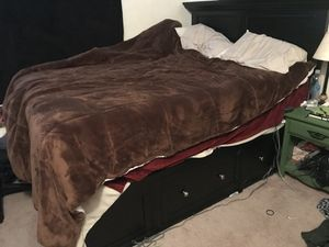 Queen sized storage bed frame for Sale in Comstock Park, MI
