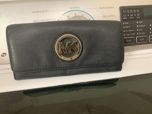 Michael Kors soft leather wallet $10 for Sale in Fort Worth, TX