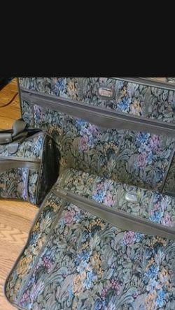 Vintage 3 Piece JORDACHE luggage Set for Sale in Portland,  OR