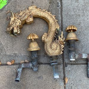 Gold Dragon Tub Control Valve Hot And Cold. Used for Sale in Pasadena, CA