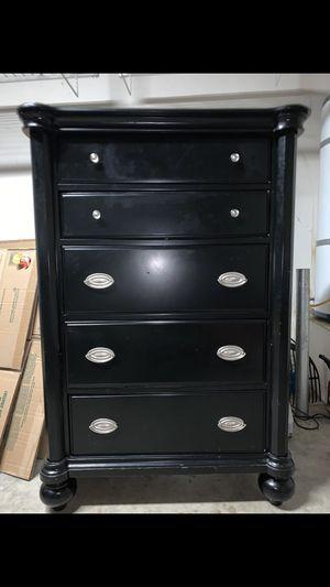 Black Dresser for Sale in Winchester, CA