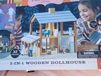 2/1 Wooden Dollhouse for Sale in Stockton,  CA