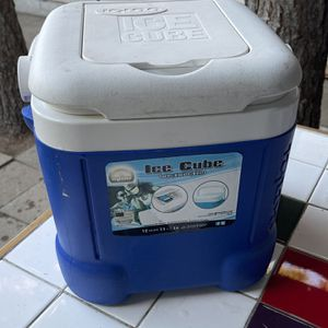 Cube Igloo Cooler for Sale in Santa Ana, CA