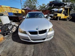 BMW 325 i 2007 only parts for Sale in Opa-locka, FL