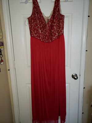Prom dress size 20 pick up only 78254 I don't drive 78254 no checks no credit cards no COD'S cash only please. for Sale in San Antonio, TX