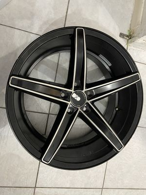 Xo luxury rims 20 inch for Sale in Doral, FL