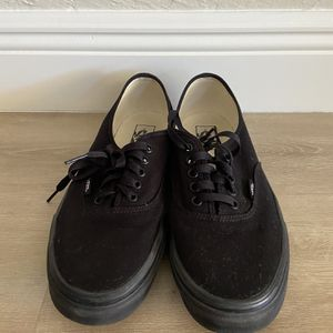 Vans Authentic Canvas Skate Shoes Black for Sale in Boca Raton, FL
