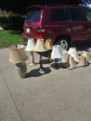 $10 each! Beautiful table lamps with shades all in good condition! for Sale in Antioch, CA