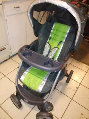 Babies r Us Pioneer travel system stroller and car seat for Sale in Greensboro, NC