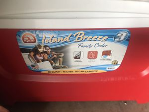 island breeze family cooler for Sale in Federal Way, WA