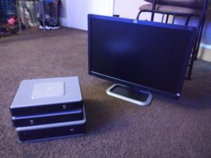 Computer hard drives with monitor for Sale in Garfield Heights, OH