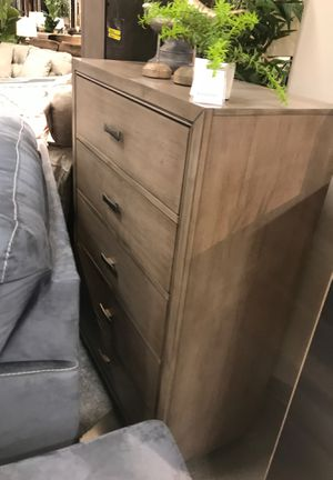 Queen bedroom set include (queen bed frame, dresser and mirror, night stand and 5drawer chest) for Sale in Los Angeles, CA
