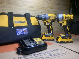 NEW! DEWALT 20-Volt MAX XR Lithium-Ion Cordless Brushless Drill/Impact Combo Kit (2-Tool) with (2) Batteries 2Ah, Charger and Bag! for Sale in Delano, CA