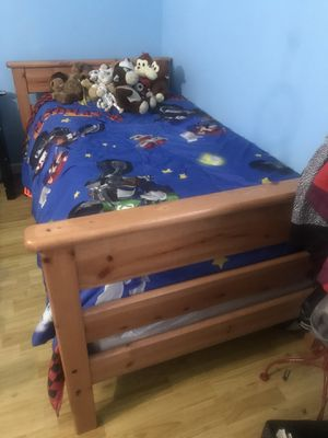 Pine twin bed set/ bunk beds!! for Sale in Long Beach, CA