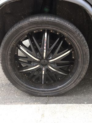 22 inch rims black w/chrome inserts.....$450 OBO for Sale in Wyncote, PA