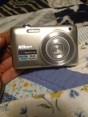 Nikon 5X Zoom Digital Camera for Sale in Dayton, OH