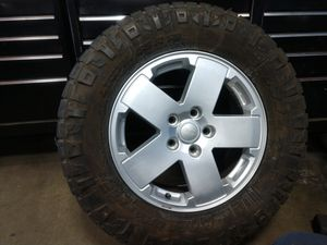 Jeep wheels and tires for Sale in Norwalk, CA