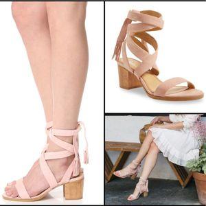 Janet Sandal heel in Blush Splendid NWOB 7.5 for Sale in Lowell, MA