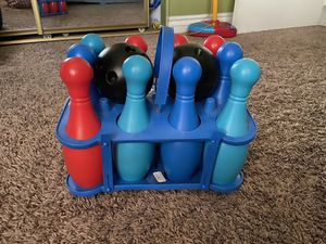 Kids plastic toy bowling set for Sale in Colton, CA