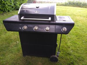 Grill master- BBQ grill for Sale in Kent, WA