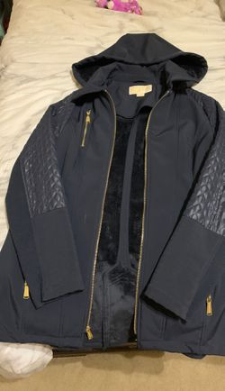 Michael kors winter women's jacket for Sale in Eagleville,  TN