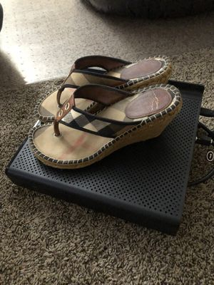 Shoes Burberry for Sale in Chula Vista, CA