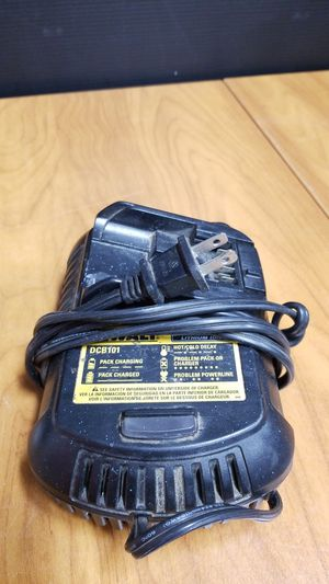 Dewalt Battery Charger DCB101 Lithium Ion for Sale in Los Angeles, CA
