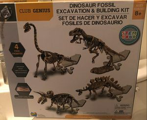 Brand New Dinosaur Fossil Excavation Building Kit for Sale in Clovis, CA