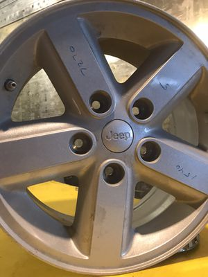 """Jeep Wheel 16"""" like new for Sale in East Northport, NY"""