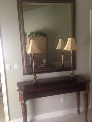 Haverty's Console Table, Desk, TV Stand With Mirror and Lamps for Sale in West Palm Beach, FL