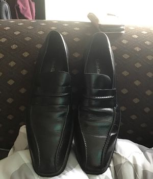 Calvin Klein shoes size 7. 1/2 M for Sale in South Gate, CA
