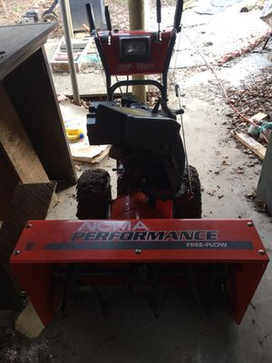 33 inch Noma Snow Blower for Sale in Frederick, MD
