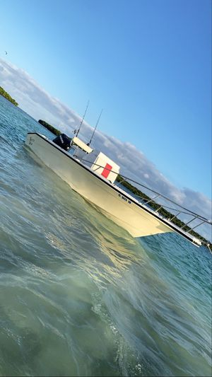 24' Boat center console for Sale in Homestead, FL