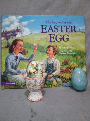 Easter egg holder with marbale rock egg and book for Sale in Oklahoma City, OK