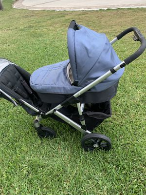Uppababy Vista with rumble seat for Sale in Coral Springs, FL