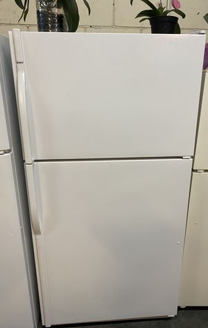 Fridge ice maker kenmore for Sale in Paramount, CA