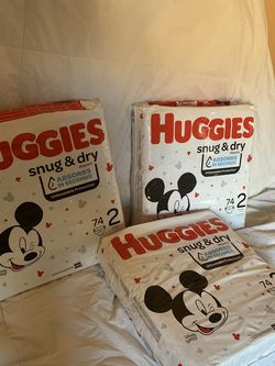 Huggies Snug & Dry Diapers, Disney Baby, 2 (12-18 lb) for Sale in Moreno Valley,  CA