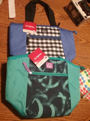Cooler bags nwt 3.00 each for Sale in Cleveland, OH