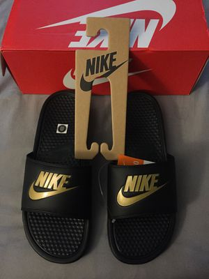Nike Slides (New Never Used) for Sale in Columbus, OH